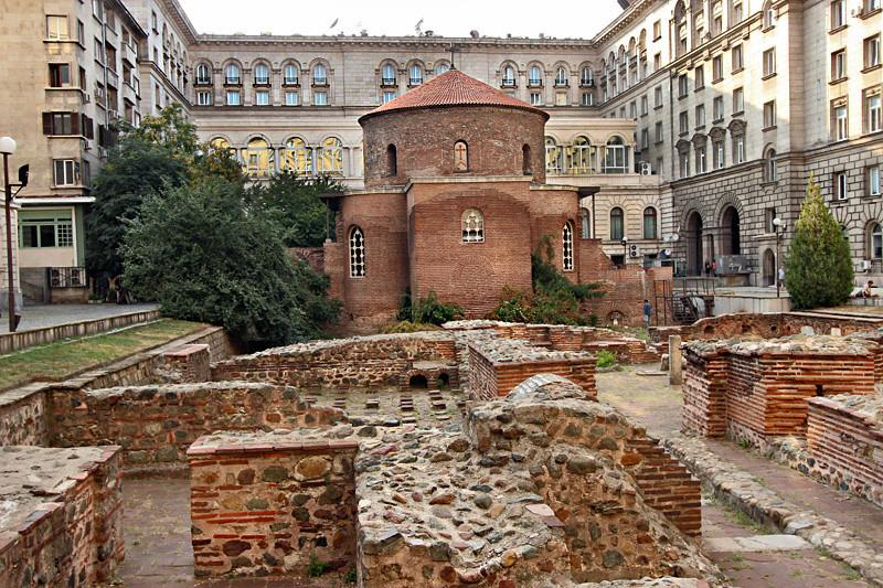 sofia sightseeing location - roman ruins