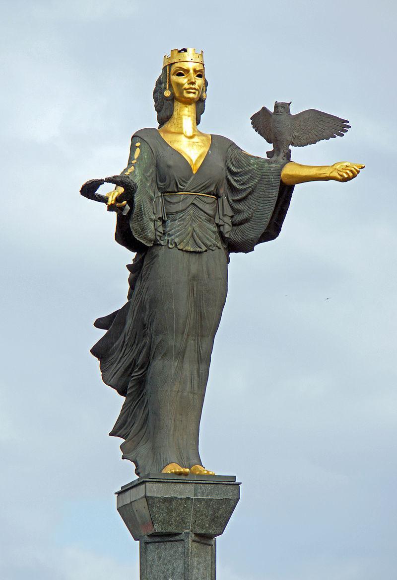 saint Sofia statue